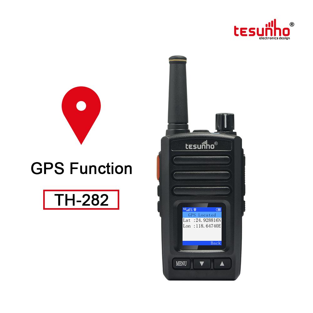 Lightweight Portable GPS two way radios TH-282